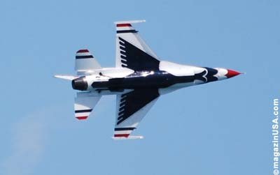 Chicago Air and Water Show 2011: Thunderbirds