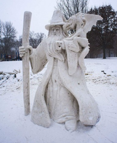 Illinois Snow Sculpting Competition 2014 Dragon Whisperer (Foto ISSC)
