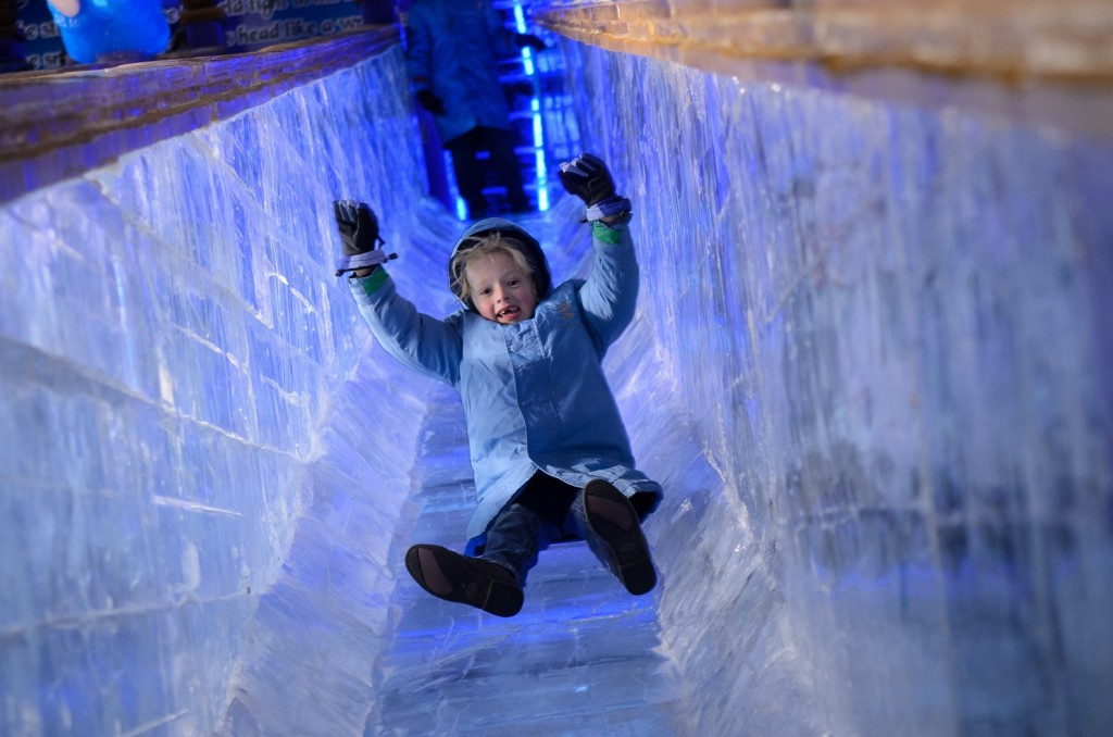 Ice Slide (Bildquelle: Gaylord National Resort; Photo by Stephen Elliot / Mudproductions)