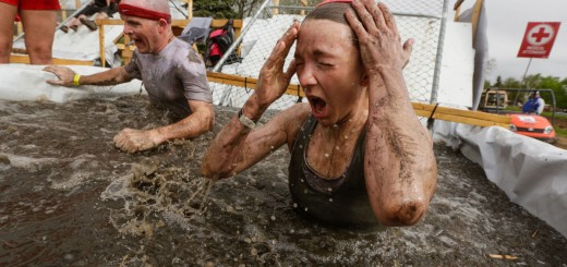 Tough Mudder in Rockford, Eiswasserpool