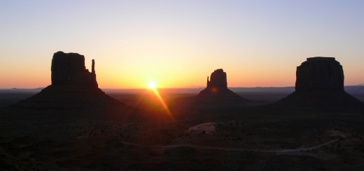 Monument Valley Sonnenaufgang