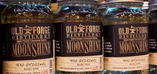 Brennerei Old Forge Moonshine von Pigeon Forge, Tennessee (photo: Tennessee Tourism)