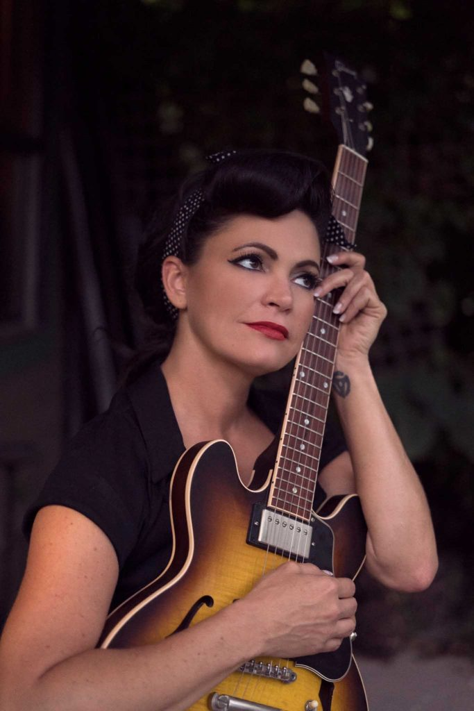 Angaleena Presley (Press Photo; Tennessee Tourism, Verkehrsbüro des Staates Tennessee)