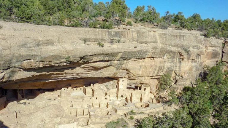 Mesa Verde Nationalpark in Colorado — Felsbehausungen zum Anfassen