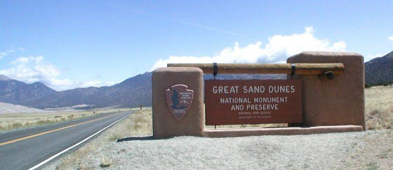 Colorado's Great Sand Dunes Nationalpark — Sanddünen zum Begehen und Sandboard fahren