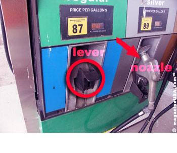 Tanken in USA: was bedeutet Nozzle und Lever?