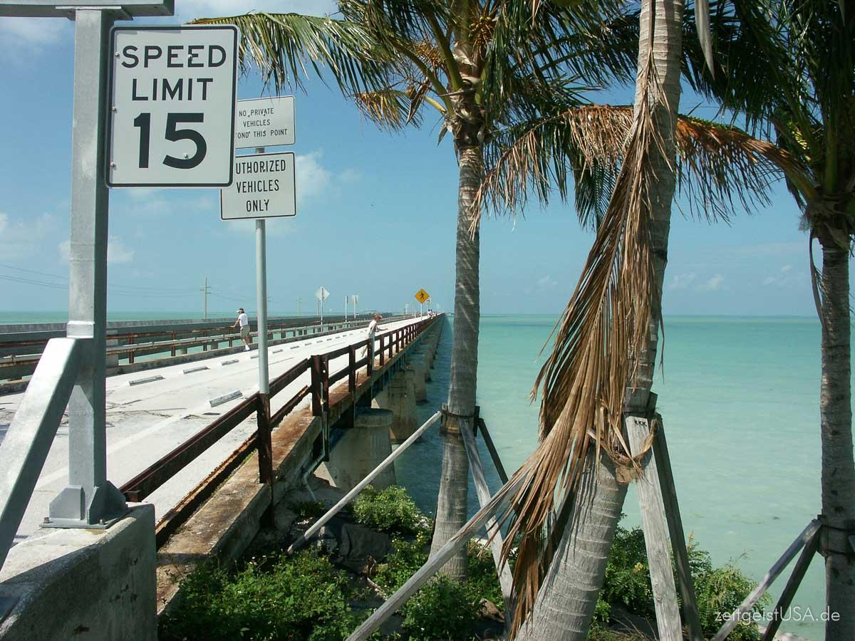 Über 42 Brücken auf dem Highway 1 nach Key West
