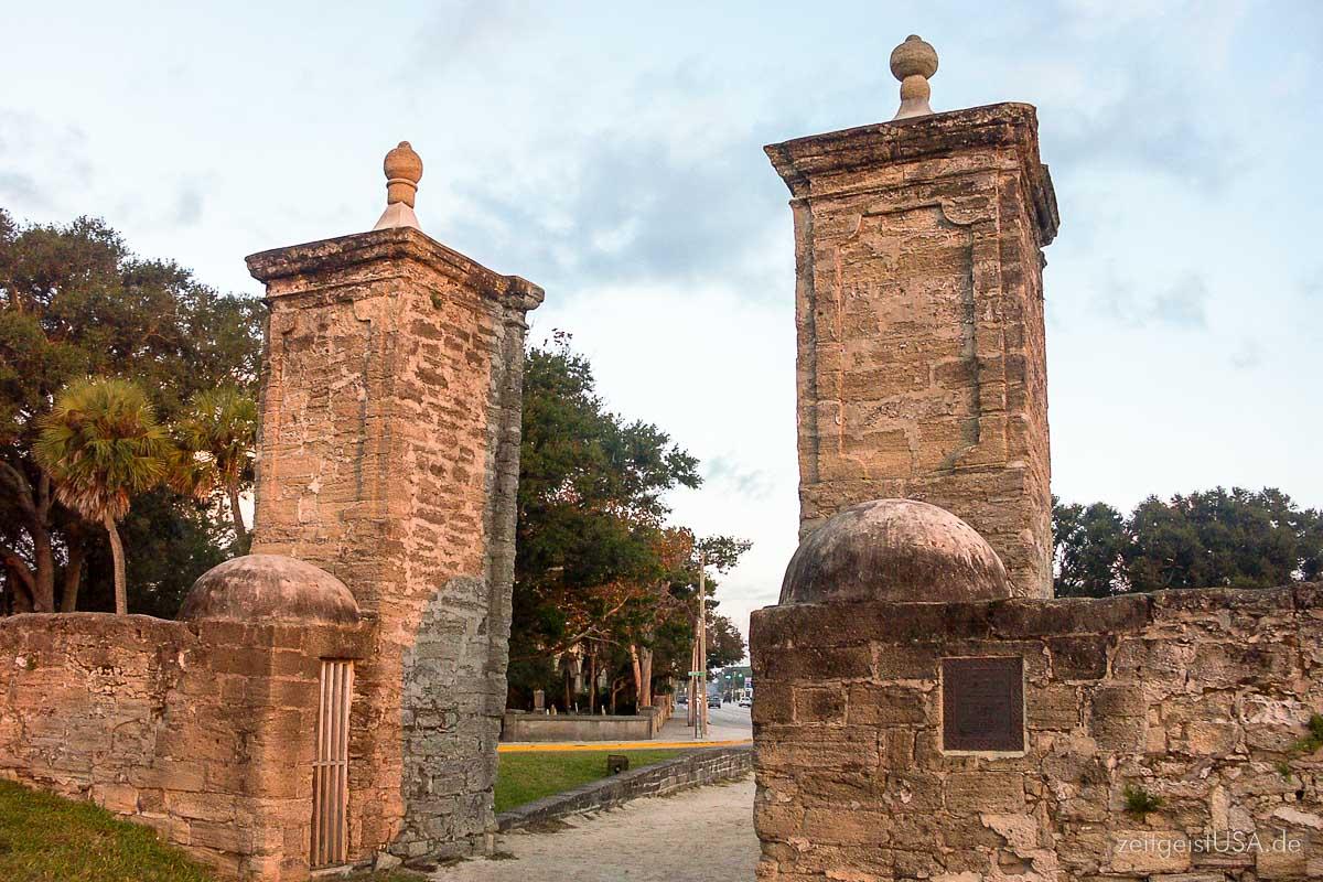 Alte Stadtmauer / St. Augustine, Florida