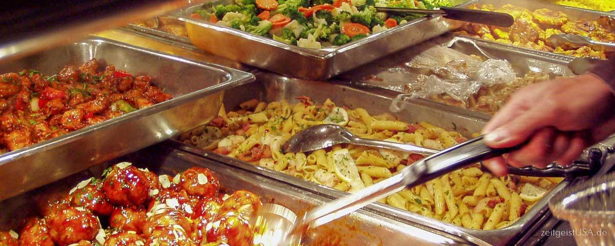 Deli Theke - Fleisch, Salate, Gemüse