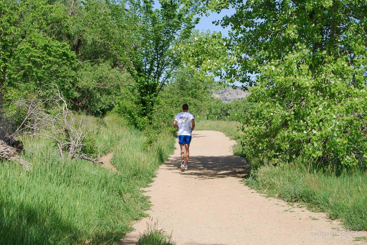 Outdoor Aktivitäten von Running über Radfahren, Mountainbiking bis Rock Climbing werden in Boulder groß geschrieben
