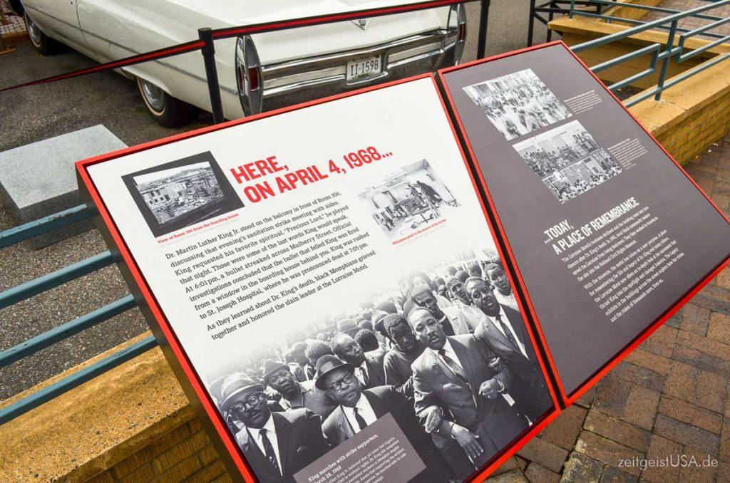 Tafel, welche die Ereignisse schildert -- Lorraine Motel in Memphis