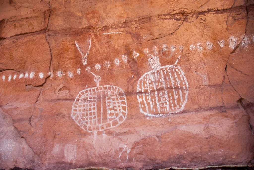 Peekaboo Rock Art, Needles, Canyonlands (photo: NPS / Neal Herbert)
