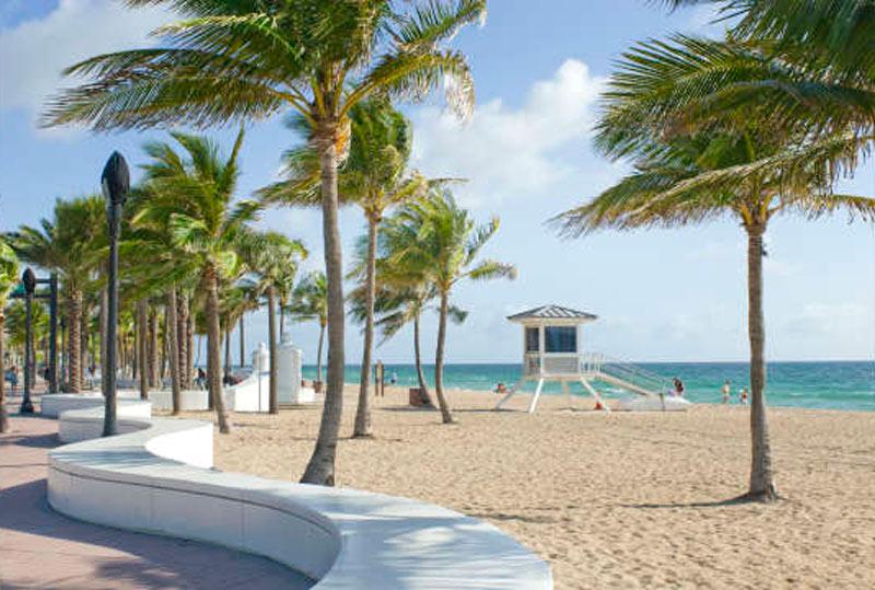 Fort Lauderdale Beach Wave (credit: GFLCVB, Doug-Castanedo)