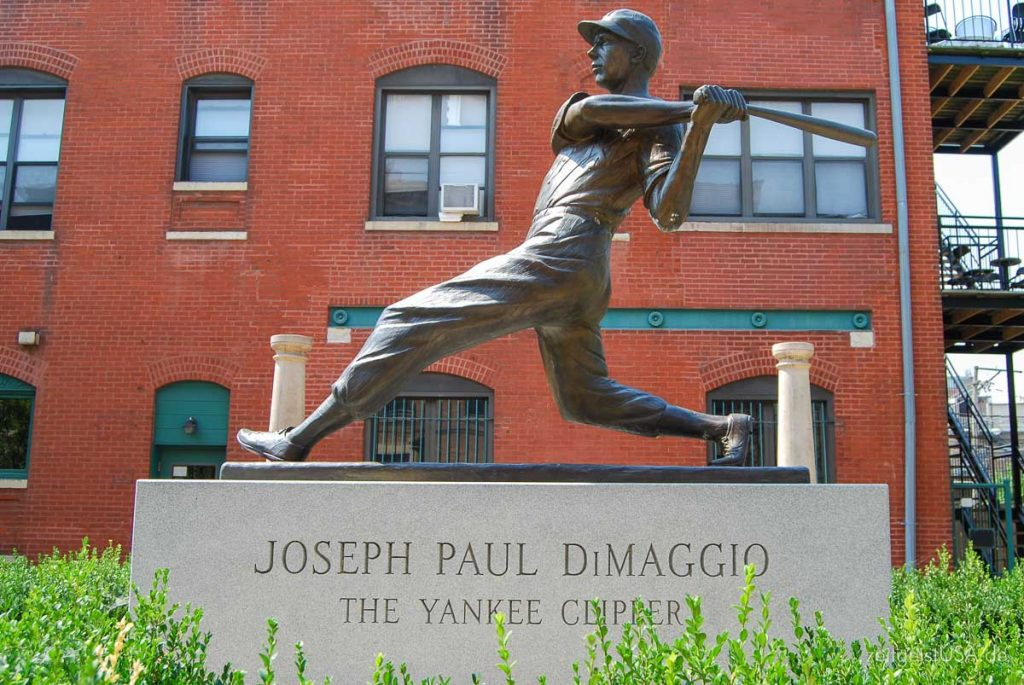 Joe DiMaggio Statue in Little Italy in Chicago