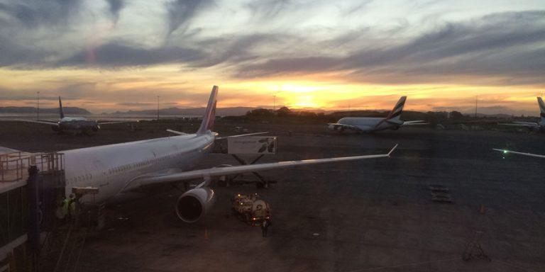 Verspätet oder ausgefallen – Unpünktlichkeit im Flugverkehr
