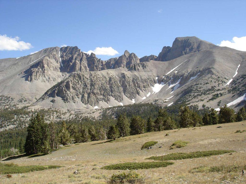 Blick zum Wheeler Peak, Jeff Davis Peak, und Glacier Cirque. [photo: NPS]