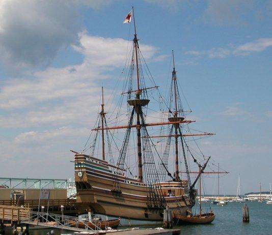 Mayflower, Plymouth, Massachusetts, USA [photo: Raime [CC BY-SA (https://creativecommons.org/licenses/by-sa/3.0)]]