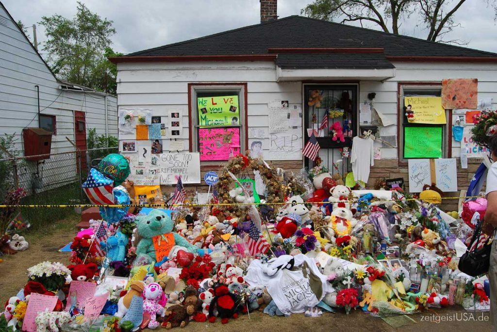 Michael Jackson Kindheits Haus in Gary, Indiana: Photo kurz nach seinem Tod aufgenommen)