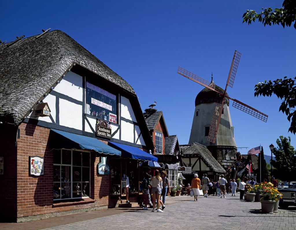 Solvang, Kalifornien - die dänische Stadt [Carol M. Highsmith / [Public domain; Photographs in the Carol M. Highsmith Archive, Library of Congress, Prints and Photographs Division.]]