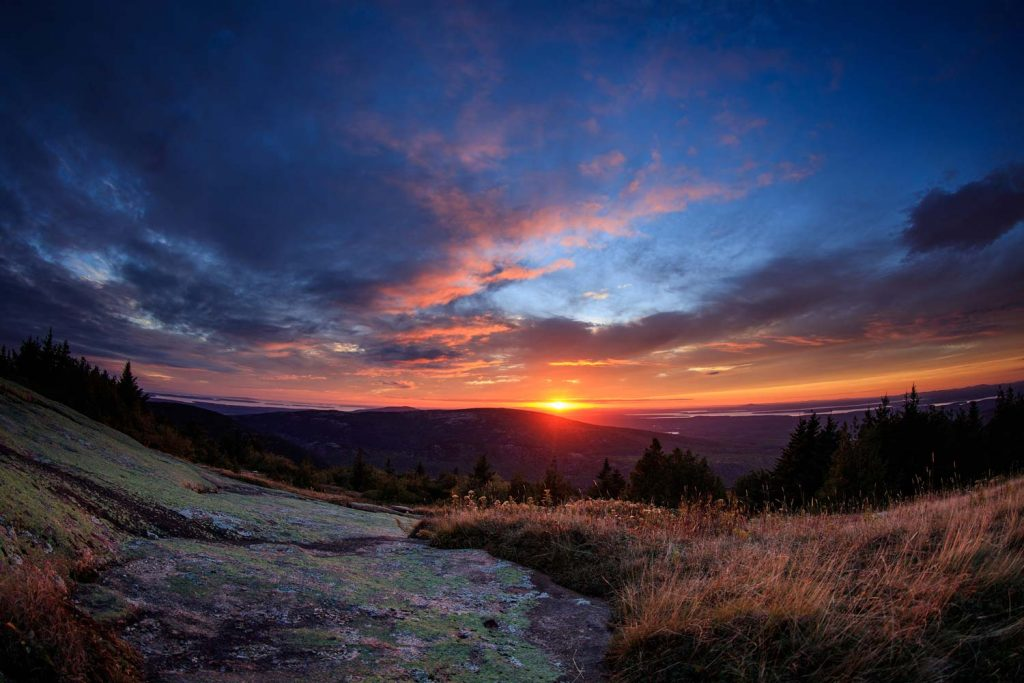 Acadia Nationalpark -- Blue Hill Overlook, Sonnenuntergang im Oktober [photo: NPS / Kristi Rugg]