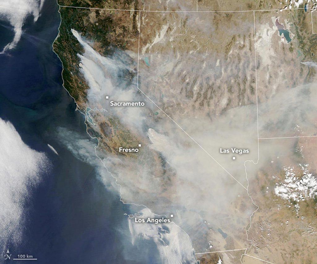Rauch und Asche über Kalifornien (Quelle: NASA; 2020-09-07)